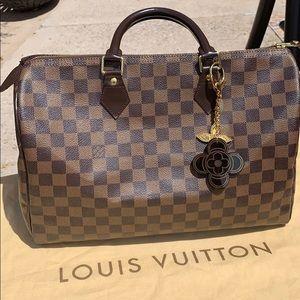 ❤️Stunning Louis  Vuitton speedy 35  bag❤️
